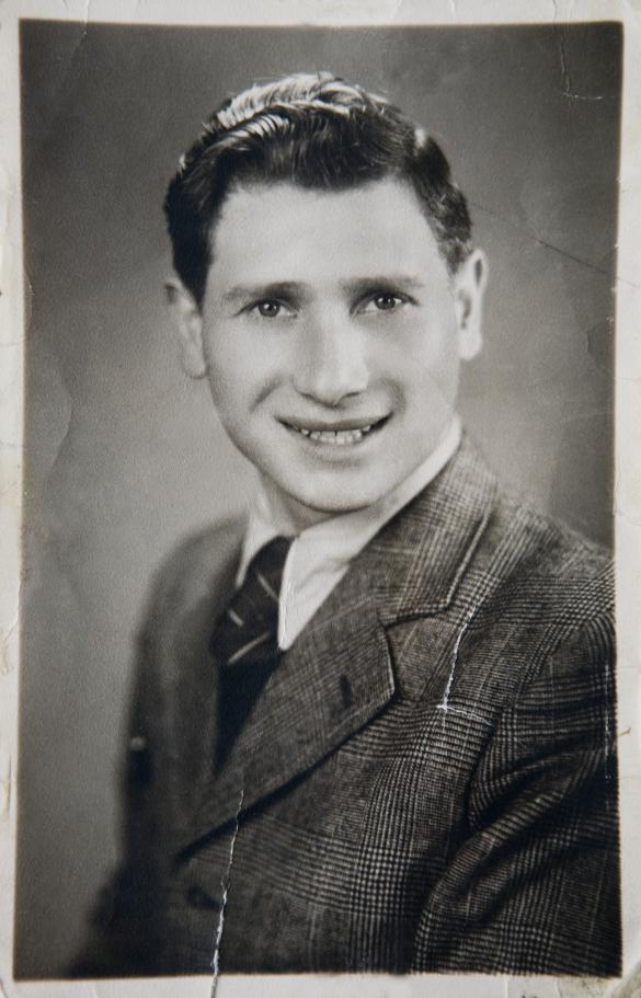 Foto på Mordechai Baran, Wieruzów, 1945