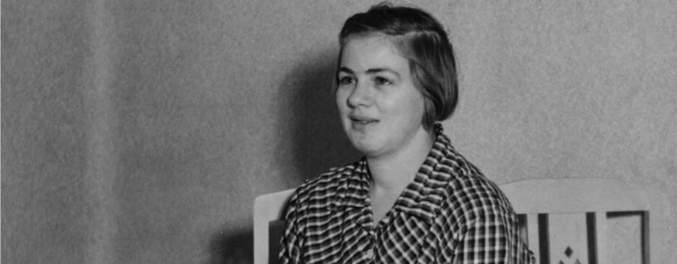 Porträtt på ung kvinna.